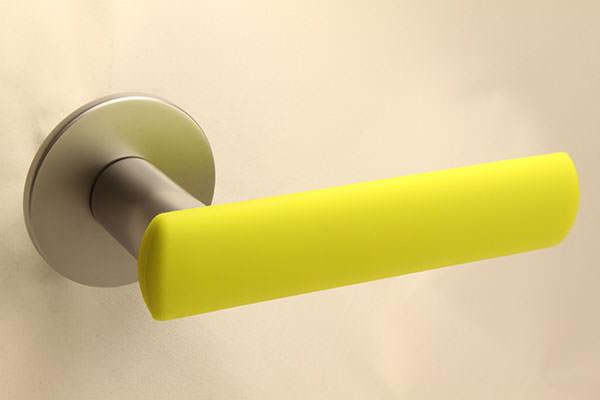 HK-HELAT sisäoven painike 04 satiini keltaisella kuorella